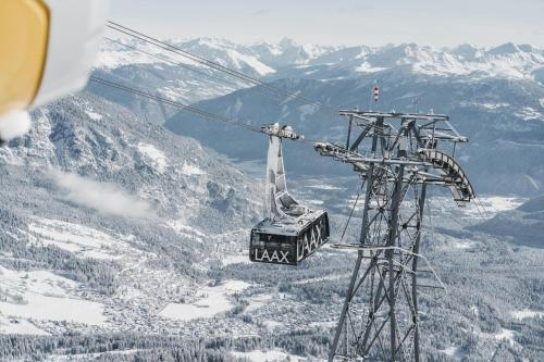GALAAXY Mountain Hostel зимой