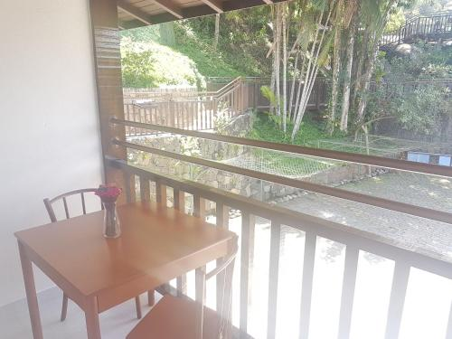 A balcony or terrace at Hotel Coquille