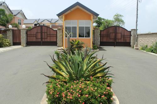Nzingha's Villa