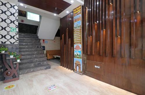 The lobby or reception area at Hotel Mannat international by Mannat