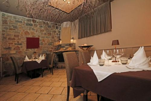 A restaurant or other place to eat at Hotel Grotto Bagat