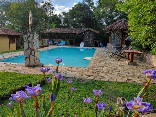 The swimming pool at or near Capricho Asturiano