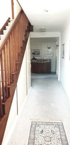 A kitchen or kitchenette at Plumpton House