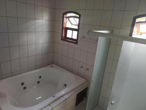 A bathroom at Pousada Villa Verano