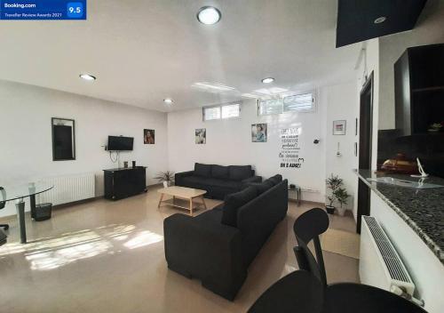 Studio Très bien situé au Jardin d el menzah 1