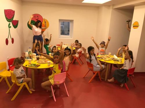 Children staying at INFINITY BY YELKEN AQUAPARK&RESORTS KUŞADASI