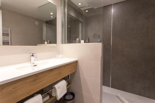 Salle de bains dans l'établissement Hotel des Congrès