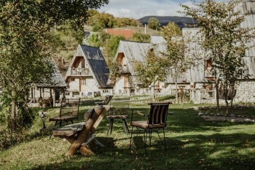 Eco Village Nevidio