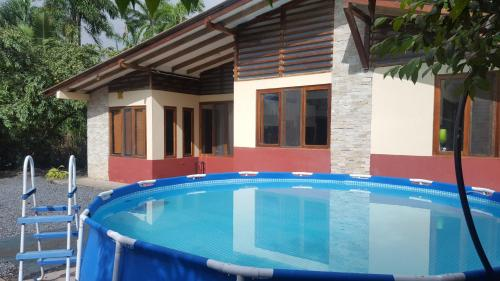 The swimming pool at or near Casa independiente NOÉ - Independent House