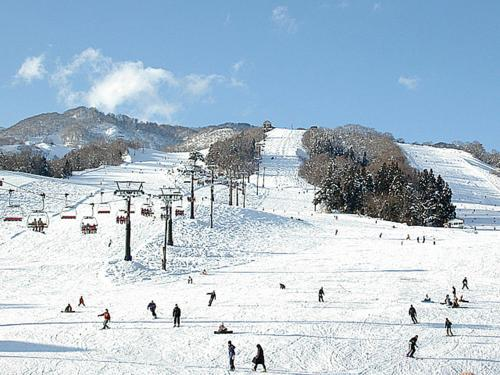 Alpen Plaza during the winter