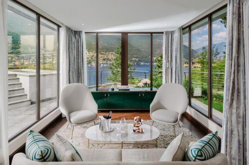 Coin salon dans l'établissement Mandarin Oriental, Lago di Como