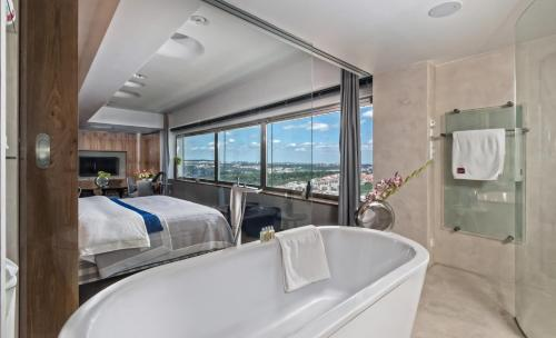 Ванная комната в One Room Hotel