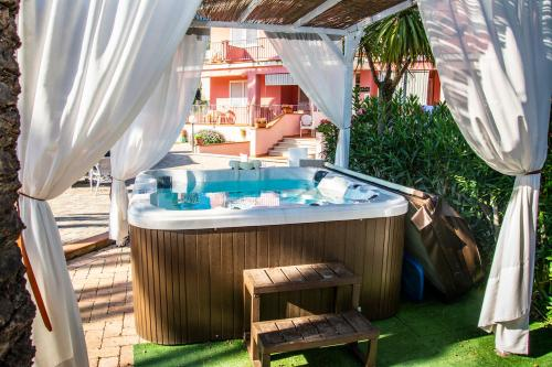 Spa and/or other wellness facilities at Hotel Villa Rosa
