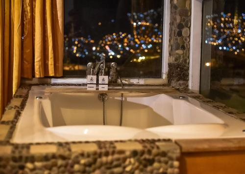 Un baño de Cities of the World - Hotel Cusco