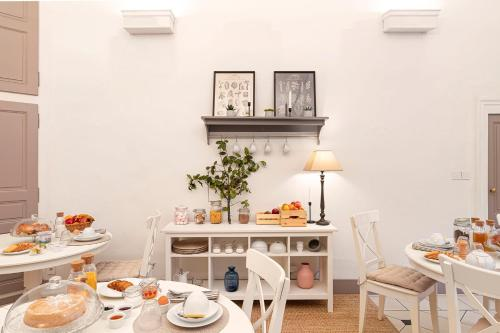 Restaurant ou autre lieu de restauration dans l'établissement Les Suites de Sautet