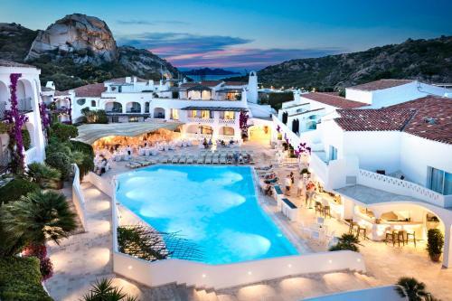 A view of the pool at Grand Hotel Poltu Quatu or nearby