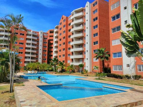 Жилье в венесуэле дубай снять квартиру на год