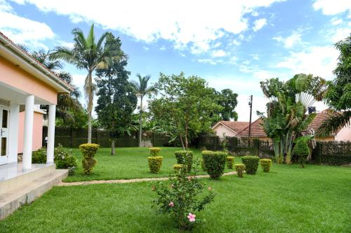 A garden outside Corinya Serviced Apartments Limited