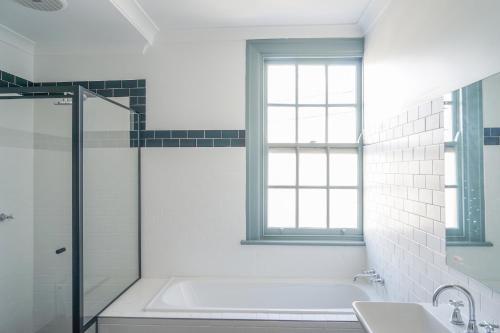 Oasis on Beamish Hotel tesisinde bir banyo