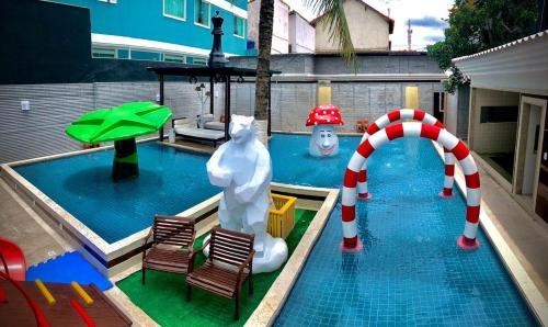 A piscina localizada em Pousada SUN Victory ou nos arredores