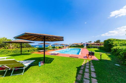 The swimming pool at or near Hotel L'Esagono