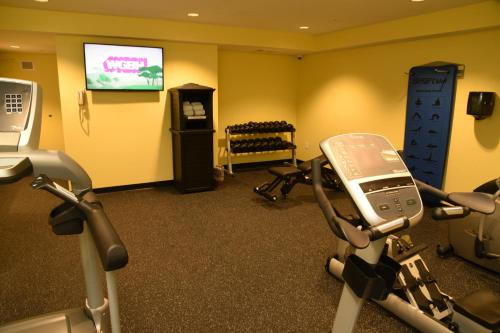 The fitness center and/or fitness facilities at Publick House Historic Inn and Country Motor Lodge