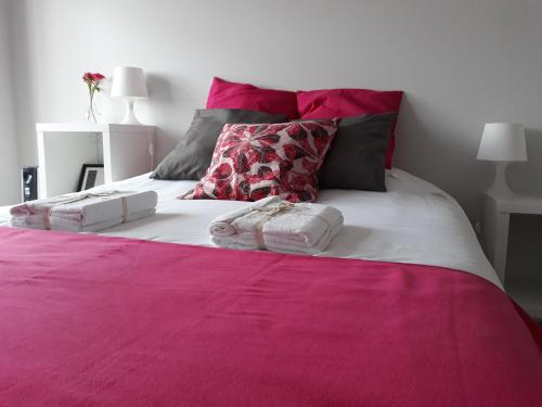 A bed or beds in a room at Casa Pirosa