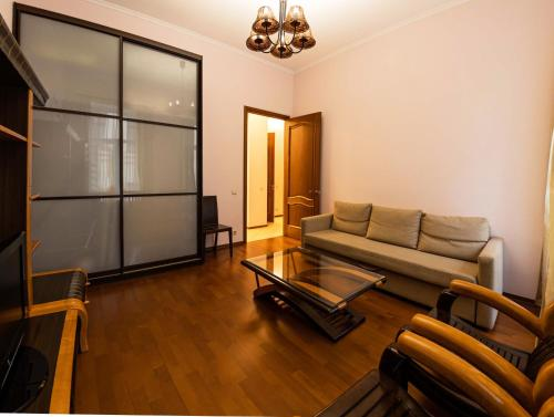 Гостиная зона в Apartment u Ermitazha