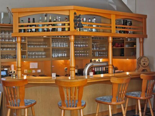 Lounge oder Bar in der Unterkunft Zum Landkrog