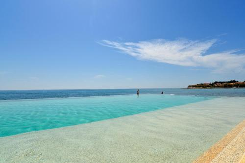 The swimming pool at or close to Boutique Hotel Santa Maria