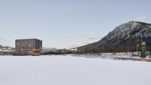 Best Western Hotel Kiefersfelden during the winter