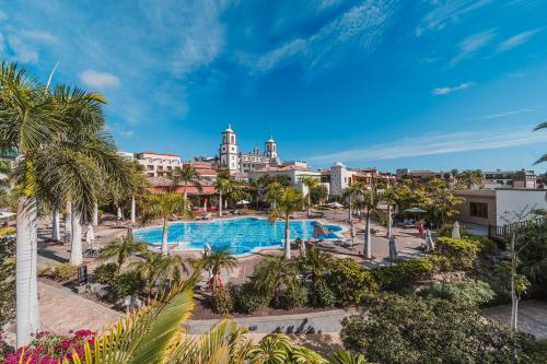 A view of the pool at Lopesan Villa del Conde Resort & Thalasso or nearby