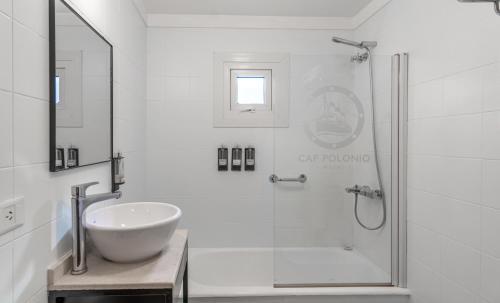 A bathroom at Hotel Cap Polonio