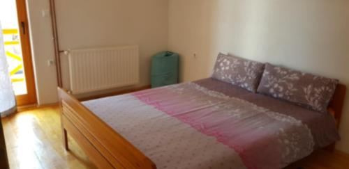 A bed or beds in a room at Holiday Home Krajina II