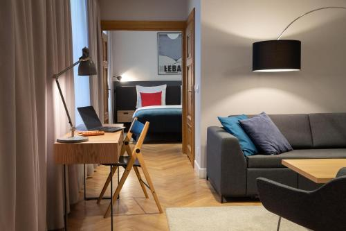 A seating area at STRADONIA Serviced Apartments