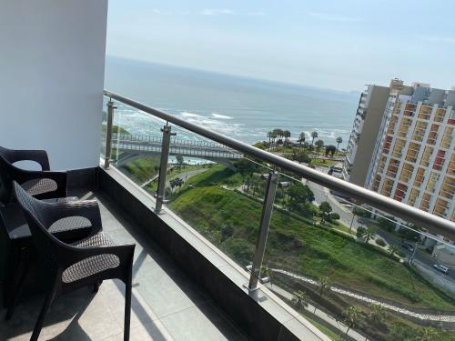 A balcony or terrace at Terrazas Apartments Miraflores