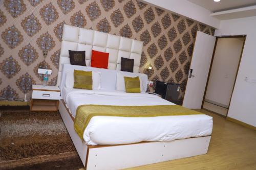 CHANSON HOTELS- Delhi