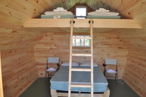 A bunk bed or bunk beds in a room at The ZzzzMoose