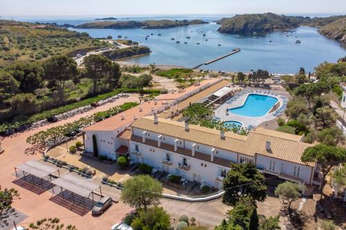 A bird's-eye view of Hotel Calina