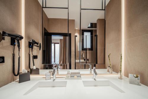 Un baño de Hotel Unuk