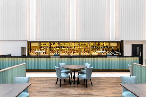 A restaurant or other place to eat at Hilton London Gatwick Airport