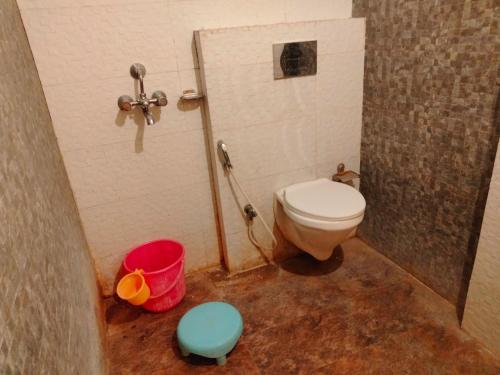 A bathroom at HOTEL SIDDHARTH