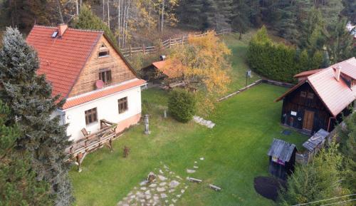 Pohľad z vtáčej perspektívy na ubytovanie Chata Horáreň