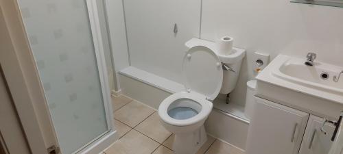 A bathroom at The Pitsligo Arms Hotel