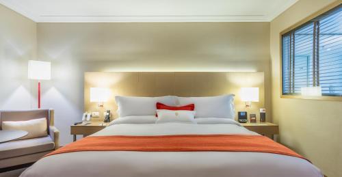 Cama ou camas em um quarto em InterContinental São Paulo, an IHG Hotel