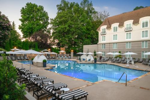 The swimming pool at or close to Chateau Elan Winery