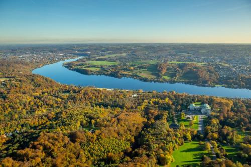 A bird's-eye view of Best Western Plus Parkhotel Velbert
