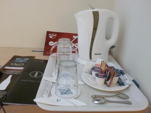 Coffee and tea-making facilities at Abba Santander