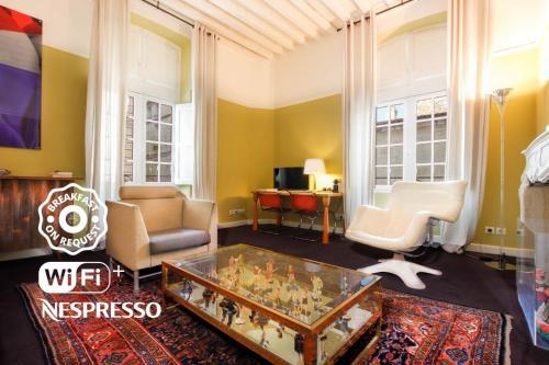 Ein Sitzbereich in der Unterkunft Maison Fredon Bordeaux Centre
