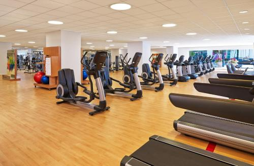 The fitness center and/or fitness facilities at Sheraton Denver Downtown Hotel